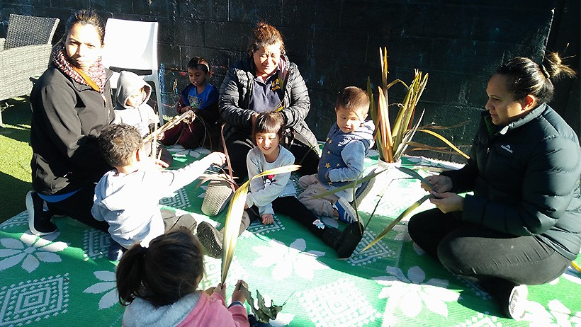 Weaving for Matariki at Learning Adventures Mangere East childcare
